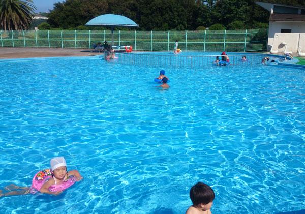 福山市竹ヶ端運動公園のプール2015年開催情報