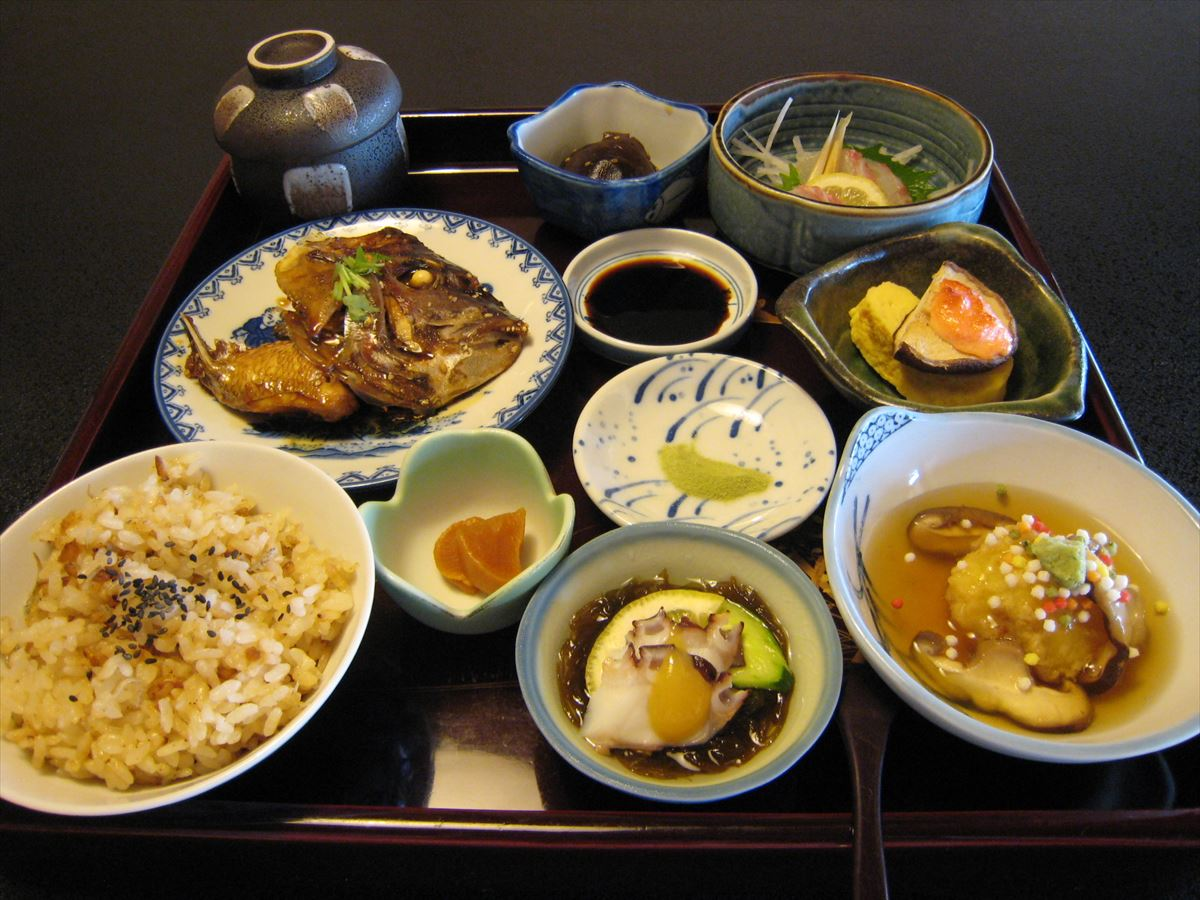 福山市田尻町でランチ、旬彩料理・手作り惣菜「喜多山の完全予約制ランチ」