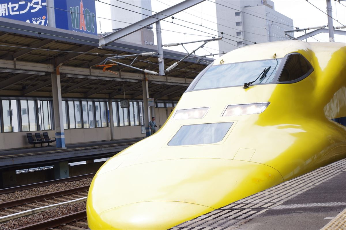 福山駅のドクターイエローの時刻表 2015年4月