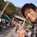 福山市鞆町にて「第44回とも・潮待ち軽トラ市」を開催。4月26日(日)の出店者