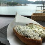 鞆の浦ちりめんグルメ#6「しらすドッグ」~カフェ&ギャラリーSHION(潮音)1日限定10食、土曜・日曜のみ販売