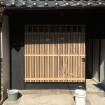福山市鞆町の空き家再生プロジェクト第3弾!~vol.18 手作り木製面格子、1階の引き戸とサッシ取付