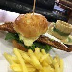 【カフェ】福山市内海町のカフェ「サニーバーガーズ(sunny burgers)」~自家製バンズと、瀬戸内海で獲れた天然魚を使用したフィッシュバーガー
